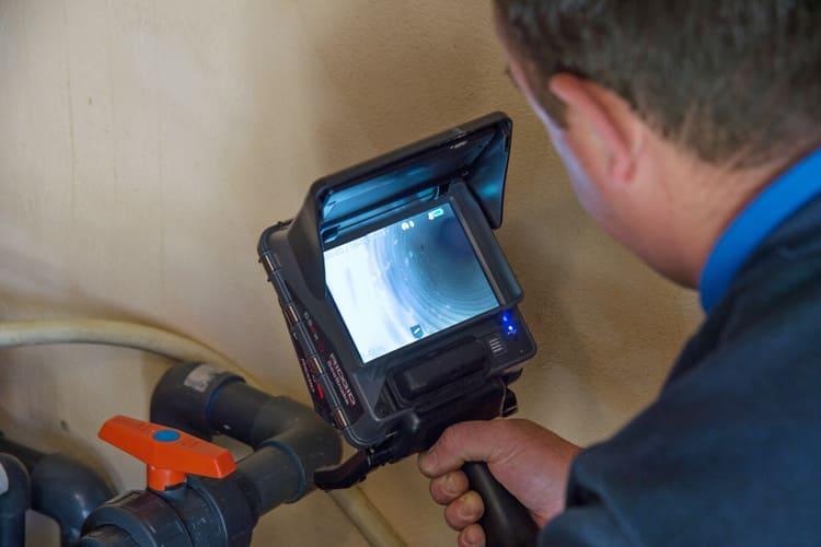 camera-inspection-tuyaux